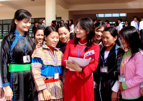 Phụ nữ ngày càng có vai trò quan trọng trong kinh tế hộ gia đình